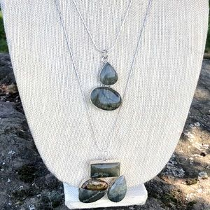 NEW! 2PC Layering Necklace Set